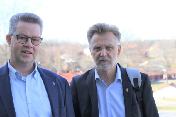 Förbundsordförande Martin Carling och landshövding Anders Danielsson.